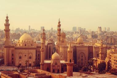 Călătorie în lumea faraonilor și a piramidelor